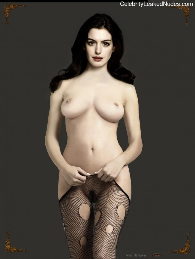 Hot Naked Celeb Anne Hathaway 16 pic