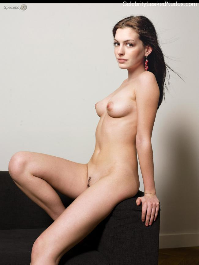 Celebrity Naked Anne Hathaway 19 pic