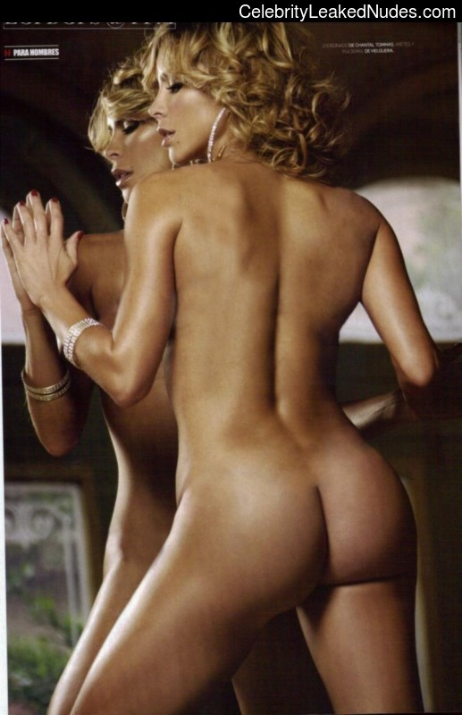 Naked Celebrity Aylin Mujica 4 pic