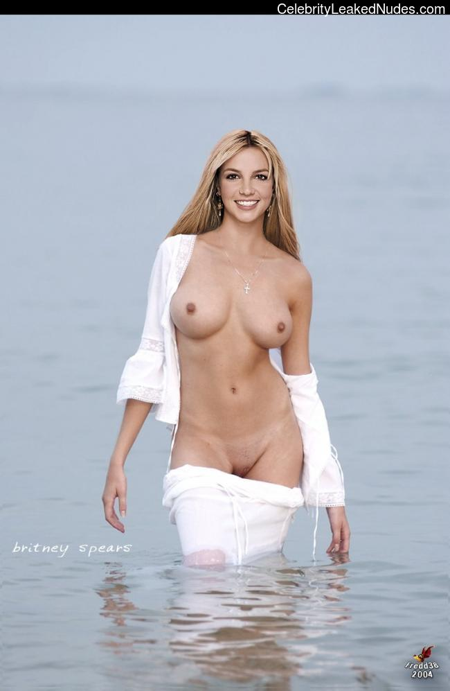 naked Britney Spears 26 pic