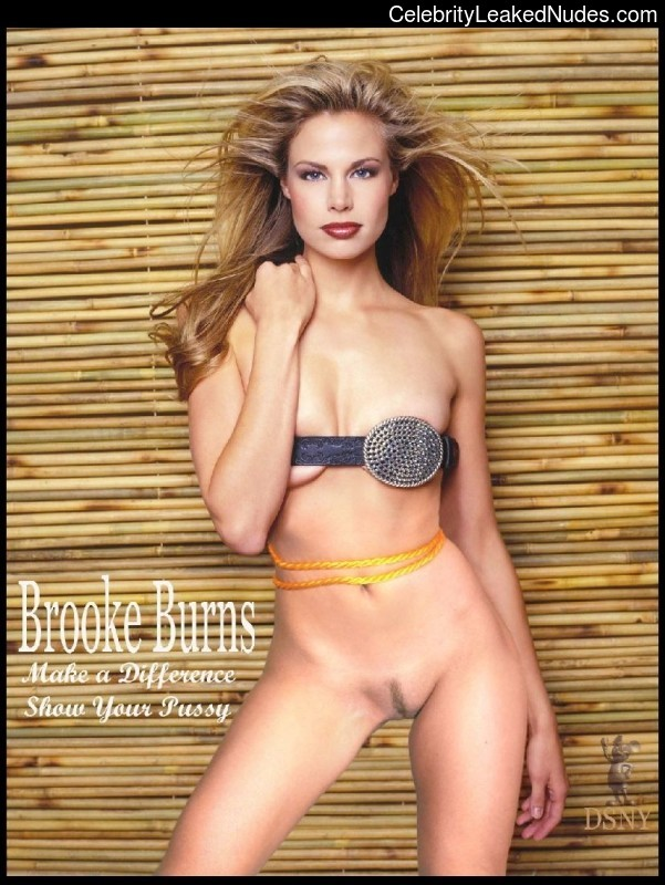 Nude Celeb Brooke Burns 11 pic
