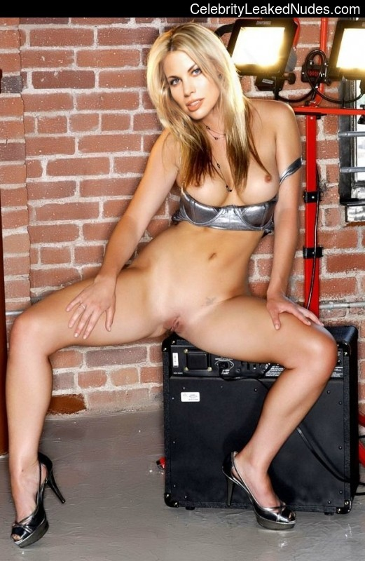 Best Celebrity Nude Brooke Burns 8 pic