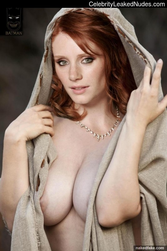 Naked celebrity picture Bryce Dallas Howard 1 pic