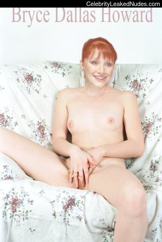 Hot Naked Celeb Bryce Dallas Howard 15 pic