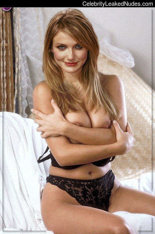 Celebrity Nude Pic Cameron Diaz 21 pic
