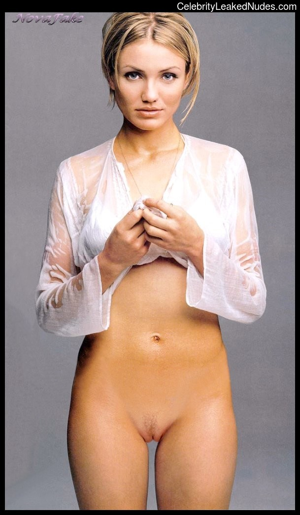 Famous Nude Cameron Diaz 23 pic