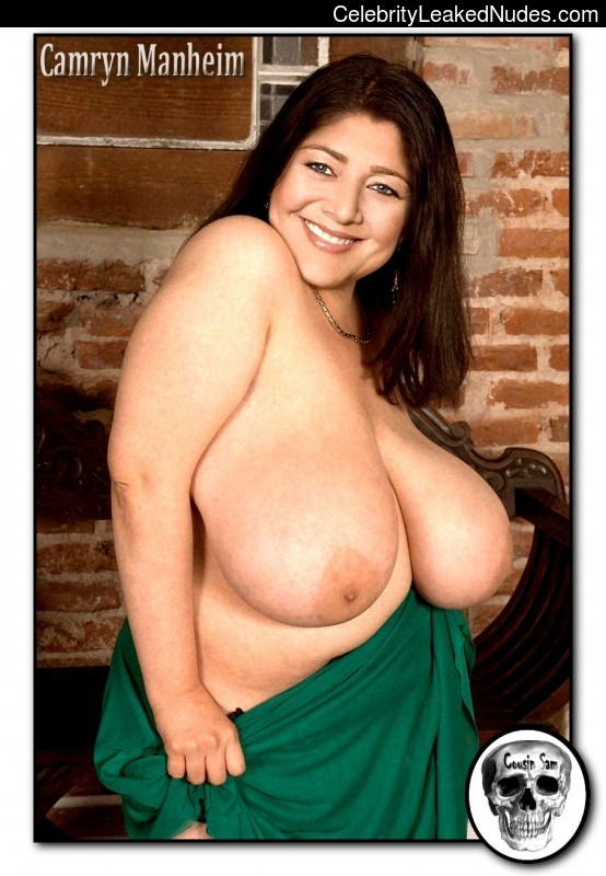 Real Celebrity Nude Camryn Manheim 7 pic