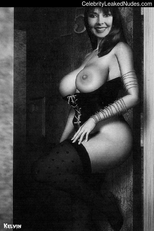 Nude Celeb Carol Vorderman 4 pic