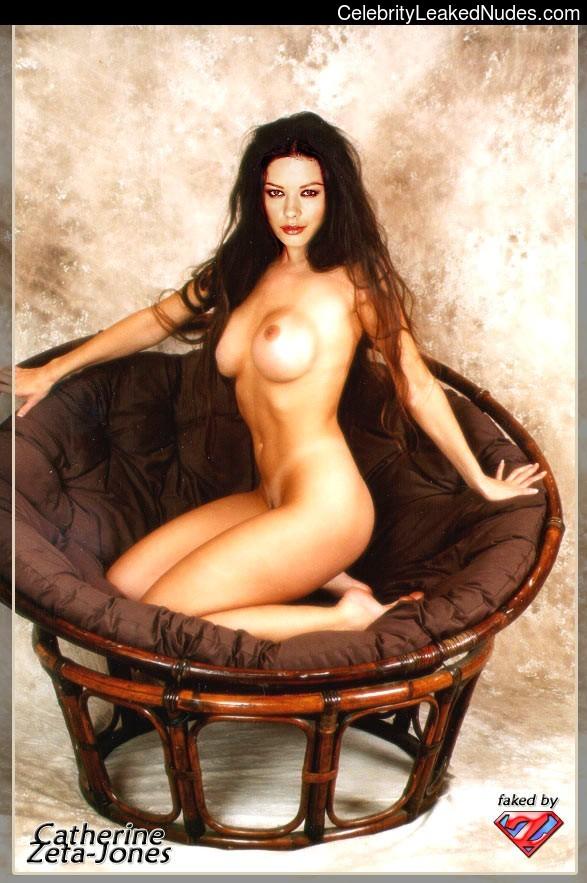 Naked Celebrity Catherine Zeta-Jones 13 pic