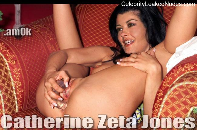 Celebrity Nude Pic Catherine Zeta-Jones 30 pic