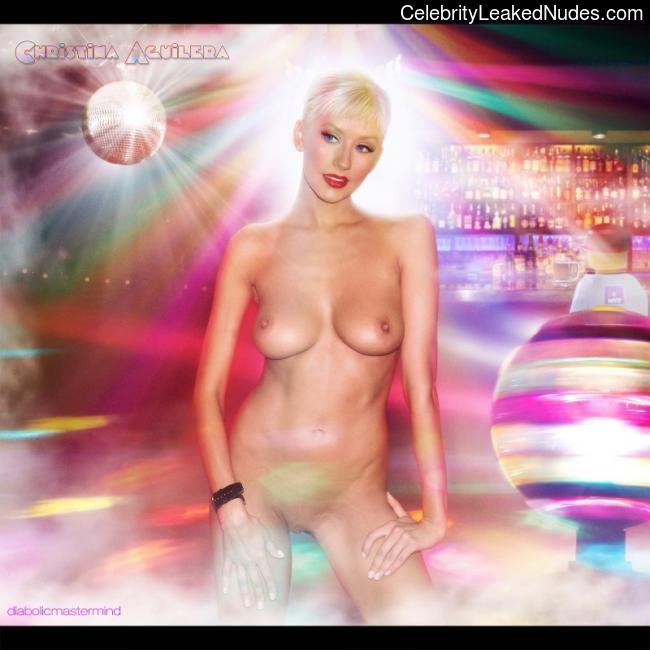 Celebrity Leaked Nude Photo Christina Aguilera 3 pic