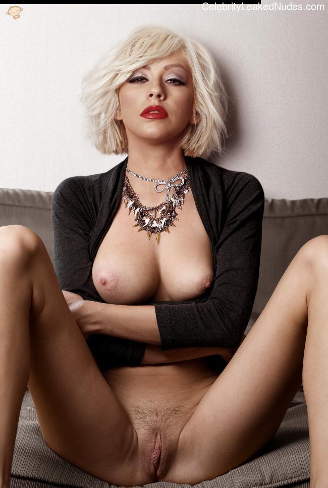 naked Christina Aguilera 10 pic