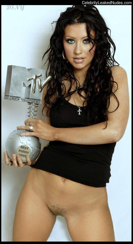 Free nude Celebrity Christina Aguilera 20 pic
