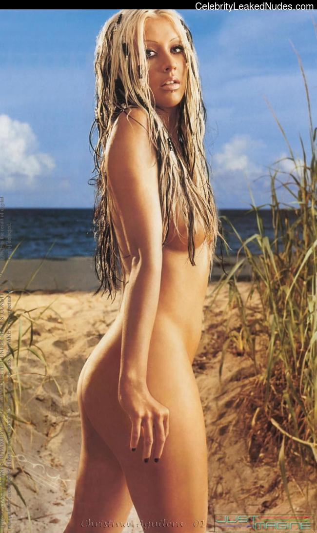 Naked Celebrity Pic Christina Aguilera 7 pic