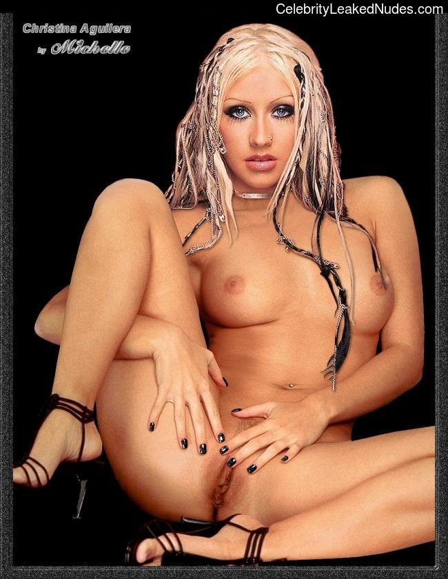 Naked Celebrity Pic Christina Aguilera 8 pic