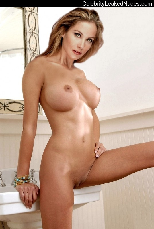 Indian middle age auntys nude