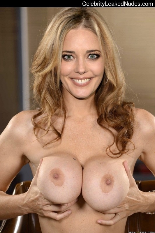 naked pictures of christina moore