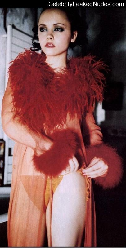 Free nude Celebrity Christina Ricci 26 pic