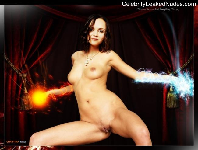 Naked celebrity picture Christina Ricci 7 pic
