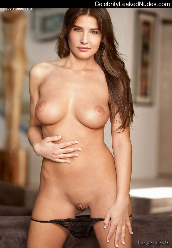 Cobie Smulders nude celebrity pics