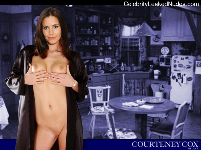 Courteney Cox nude celeb