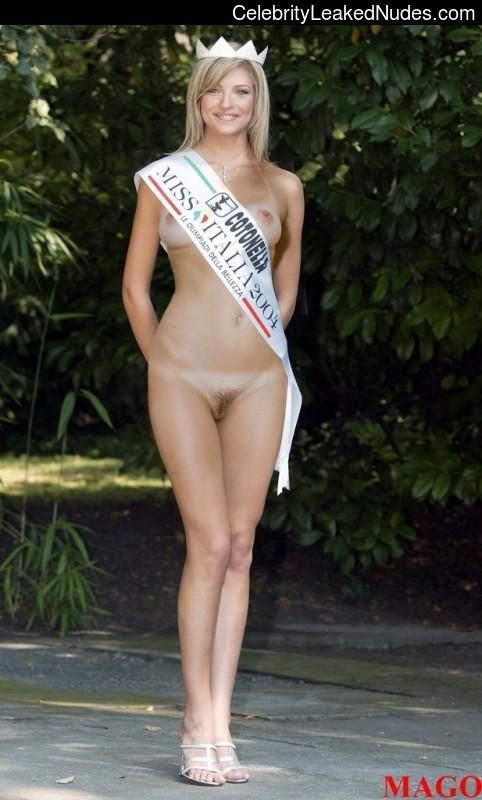 Cristina Chiabotto celebrities naked