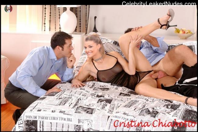 Celeb Nude Cristina Chiabotto 11 pic