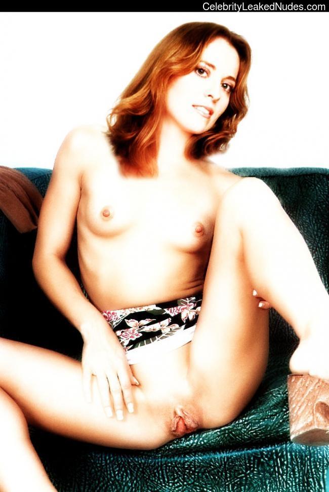 Daisy Donovan free nude celeb pics