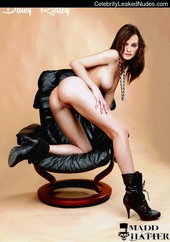 Daisy Ridley naked
