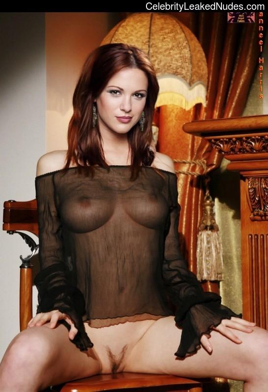 celeb nude Danneel Harris 15 pic