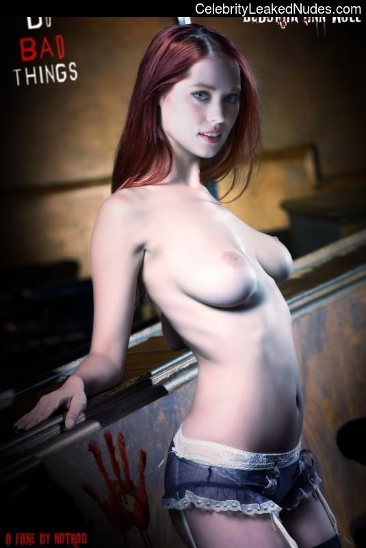 Real Celebrity Nude Deborah Ann Woll 8 pic