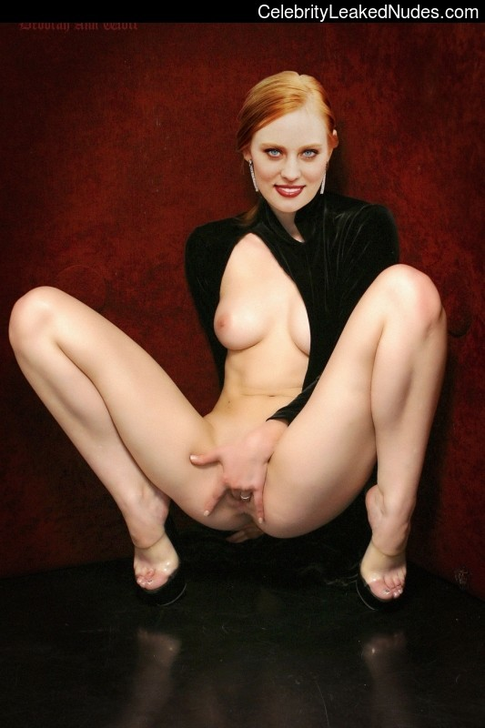 Celebrity Naked Deborah Ann Woll 9 pic