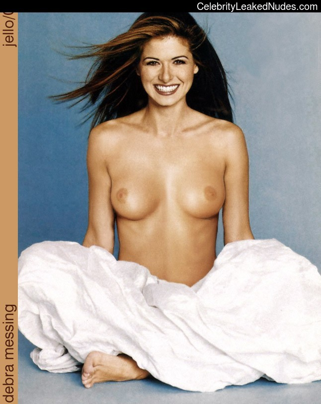 Debra Messing nude celebrities