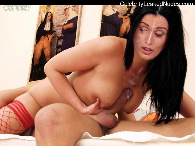 Free nude Celebrity Elisa Triani 4 pic