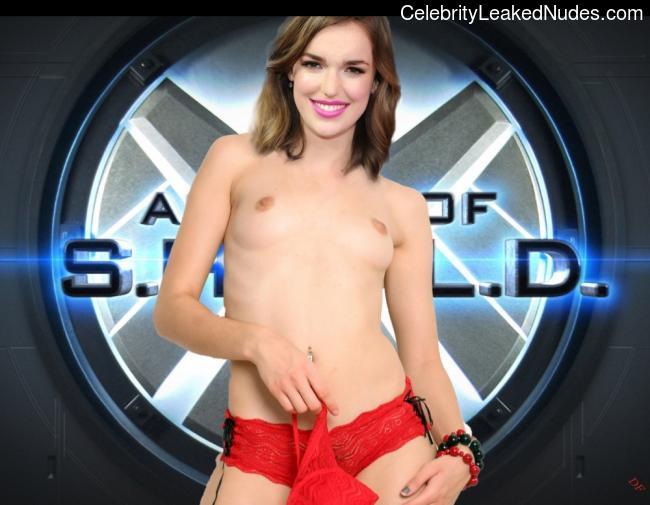 Can suggest elizabeth henstridge nude