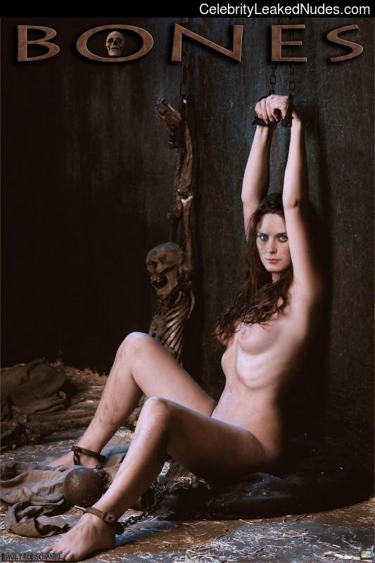 leo giamani nudist gif