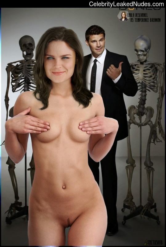 Naked celebrity picture Emily Deschanel 18 pic
