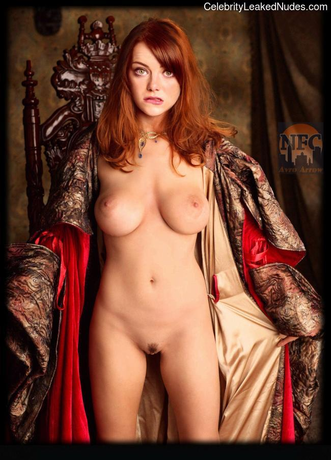 Celebrity Nude Pic Emma Stone 7 pic