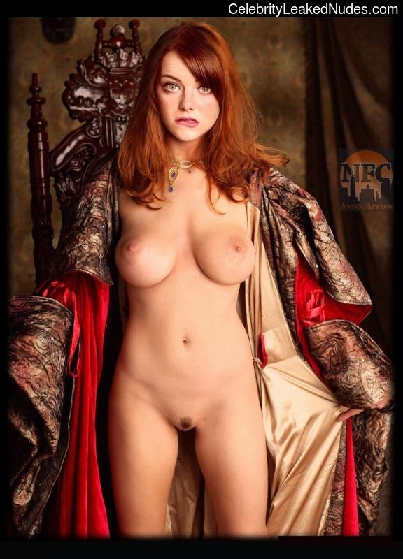 nude celebrities Emma Stone 29 pic