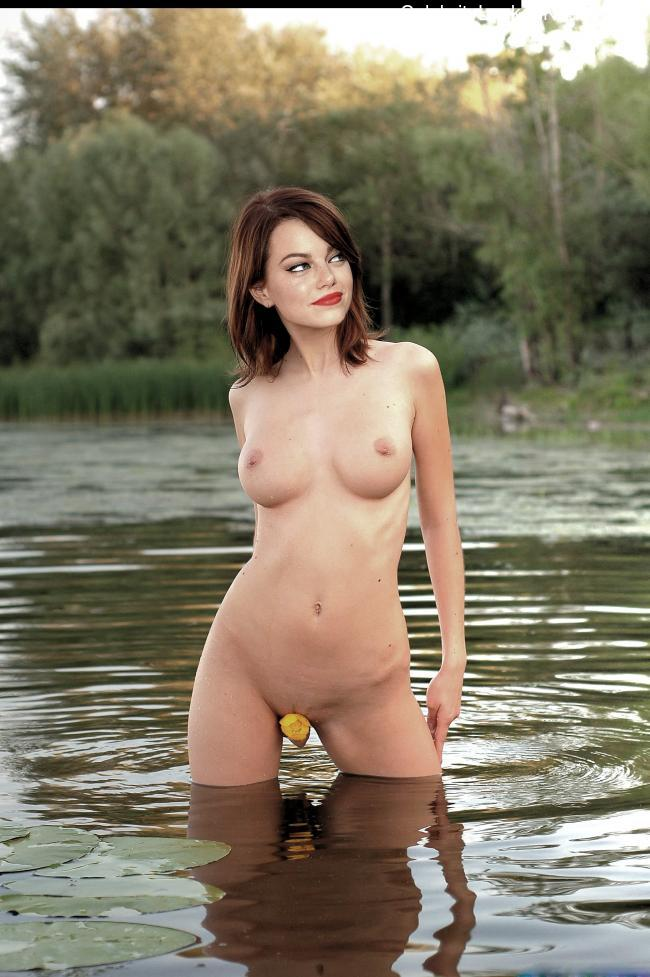 Newest Celebrity Nude Emma Stone 1 pic
