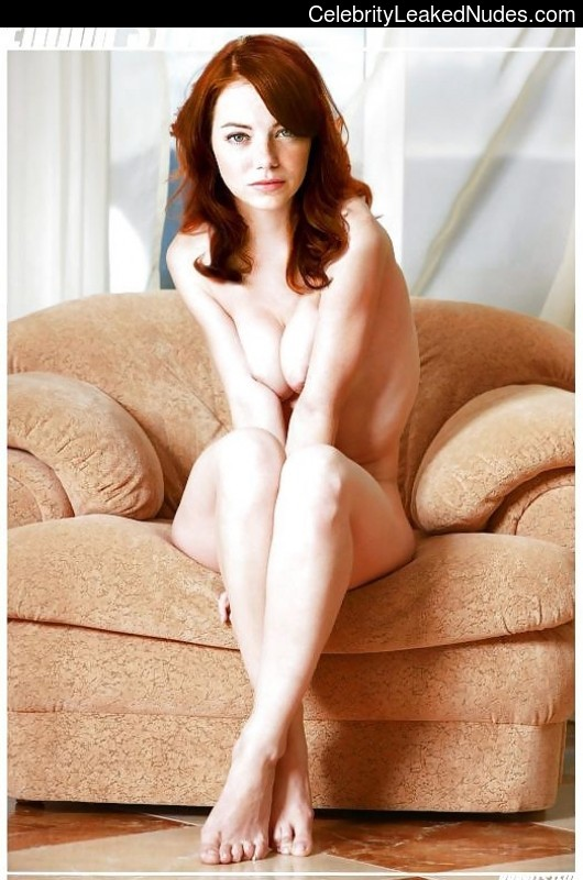 Free nude Celebrity Emma Stone 23 pic