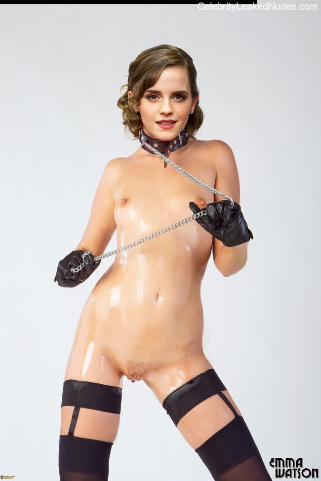 fake nude celebs Emma Watson 21 pic