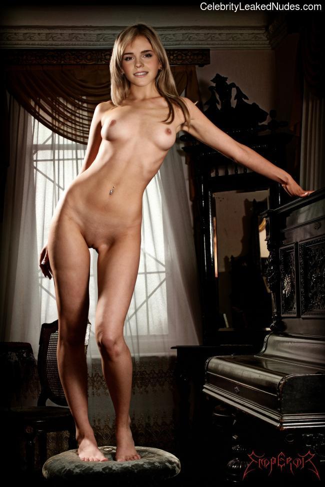 эмма уотсон фото голая