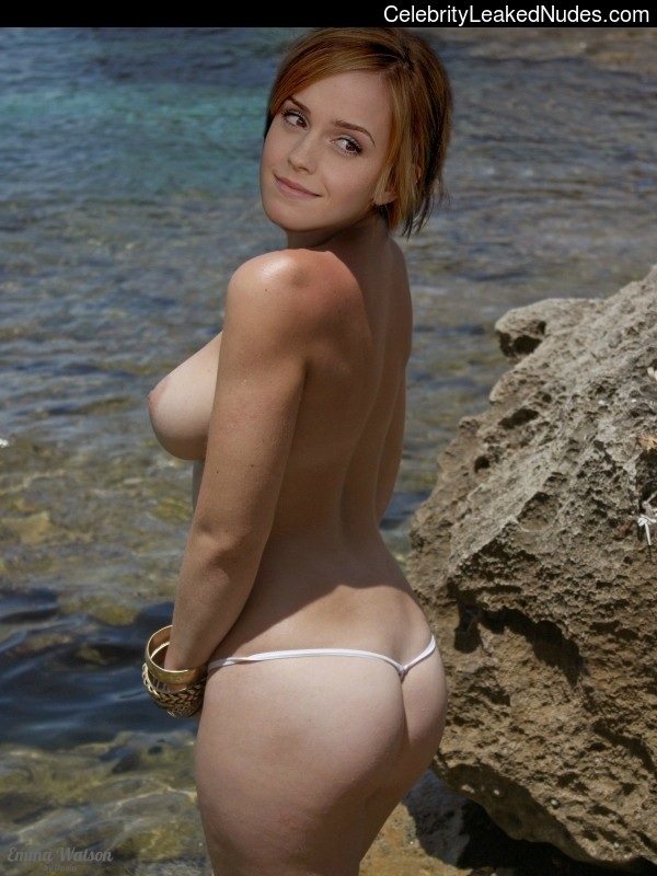 Nude Celebrity Picture Emma Watson 15 pic