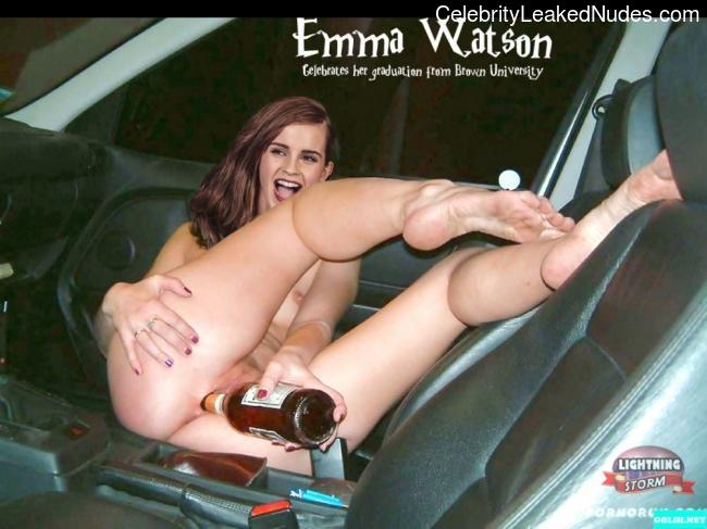 Nude Celebrity Picture Emma Watson 17 pic