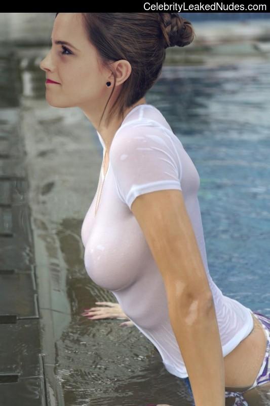 nude celebrities Emma Watson 19 pic