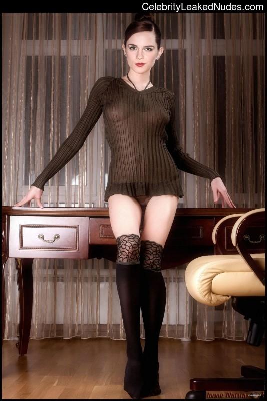 Celebrity Leaked Nude Photo Emma Watson 19 pic