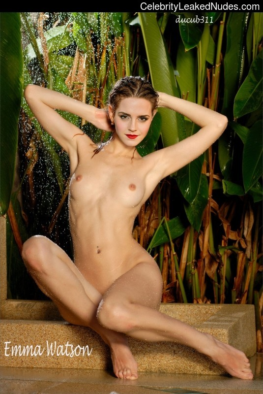 Newest Celebrity Nude Emma Watson 2 pic