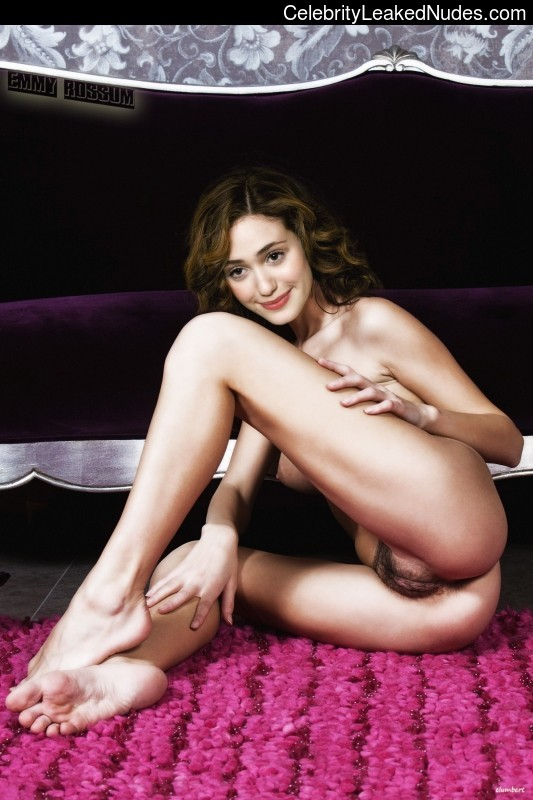 Free Nude Celeb Emmy Rossum 10 pic