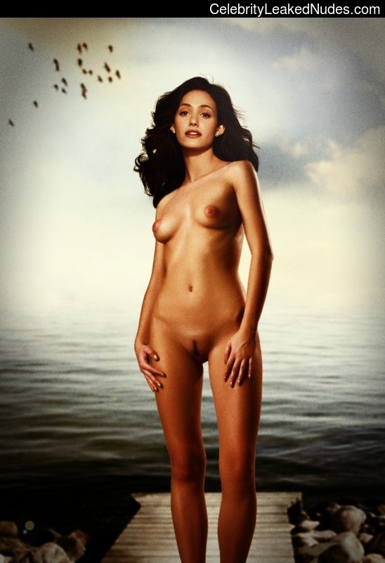 Real Celebrity Nude Emmy Rossum 7 pic
